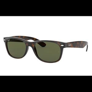 Ray Ban New Wayfarer Tortoise Frame Sunglasses
